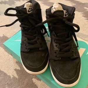 Nike Shoes - New & rare Nike dunk high tops! Unisex style